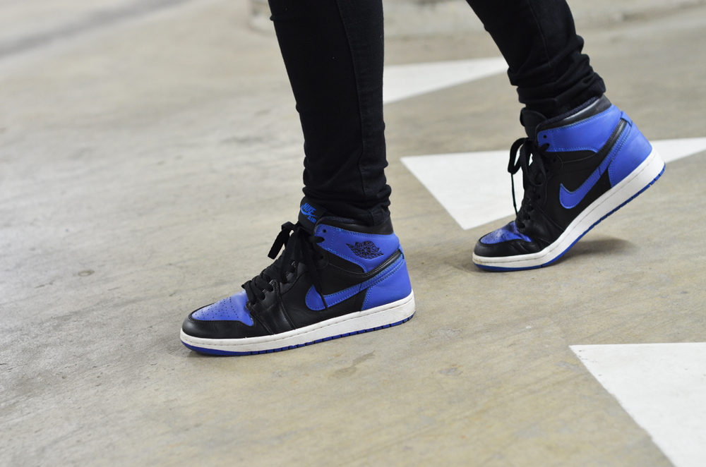Boyish girl on kicks for Jordan royal 1 shirt
