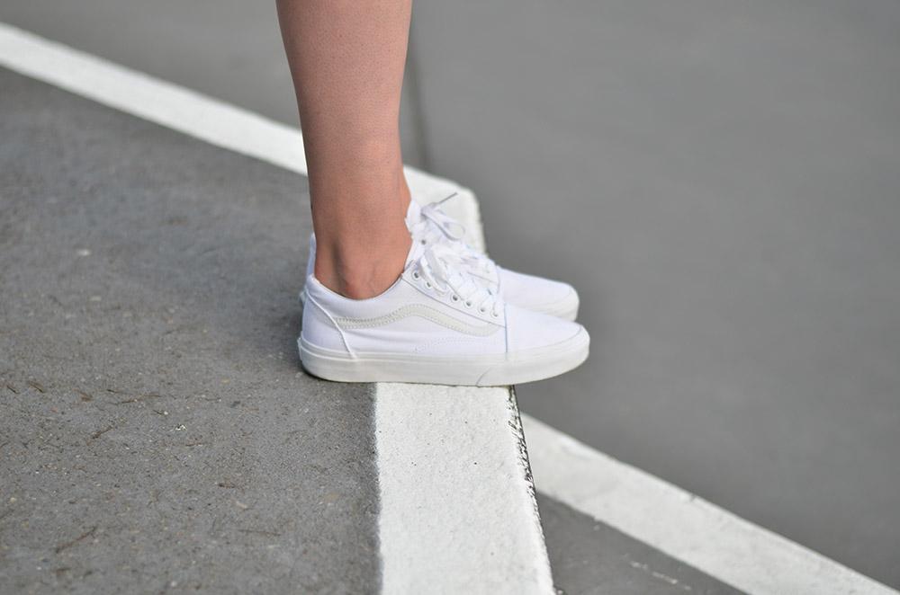Vans Oldskool Girl On Kicks