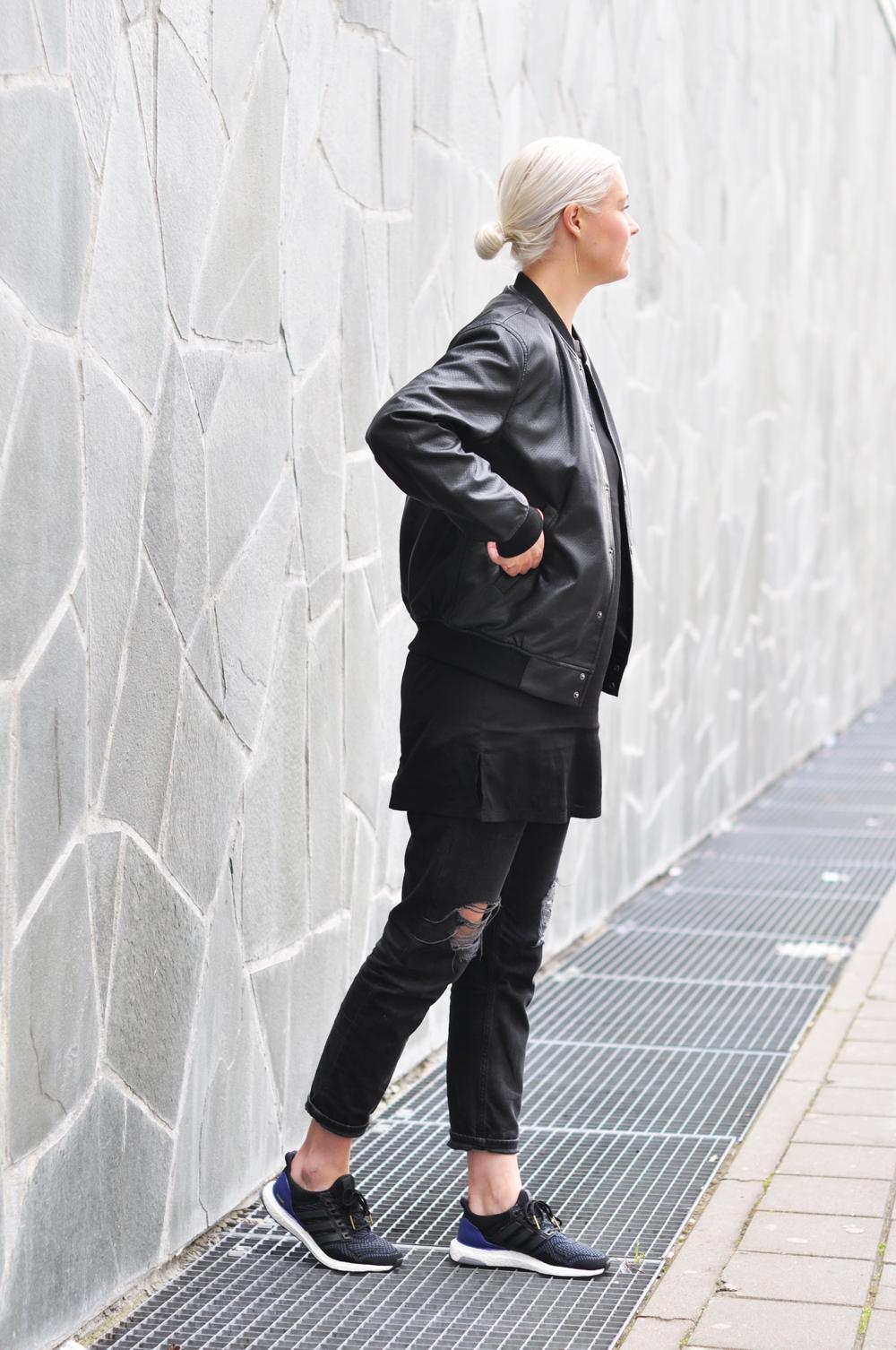 Adidas Ultra Boost - Girl on kicks