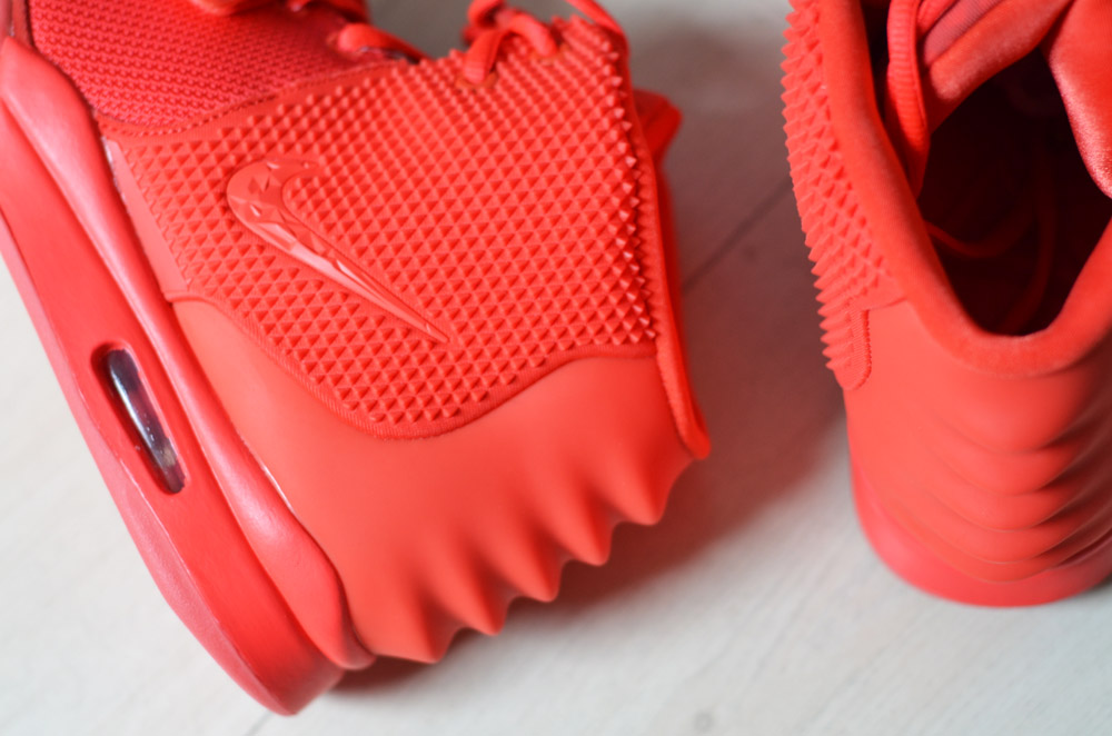 Nike air Yeezy 2 'Red October'