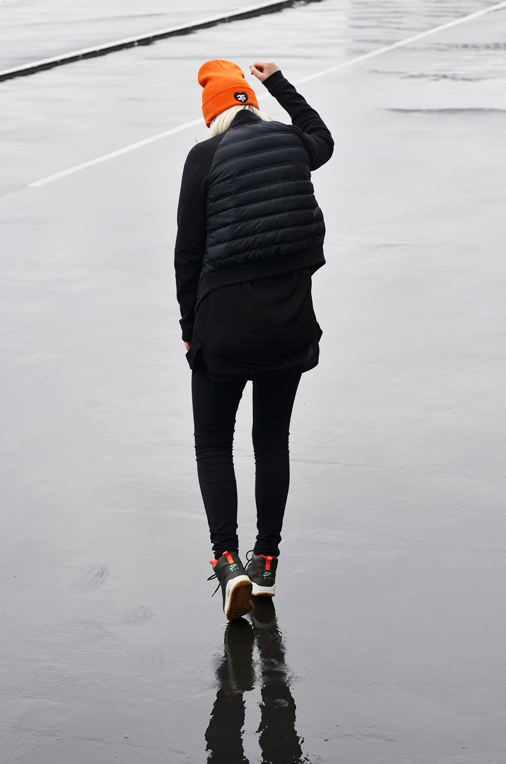 Nike air max 1 mid 'Sneakerboot' Girl on kicks